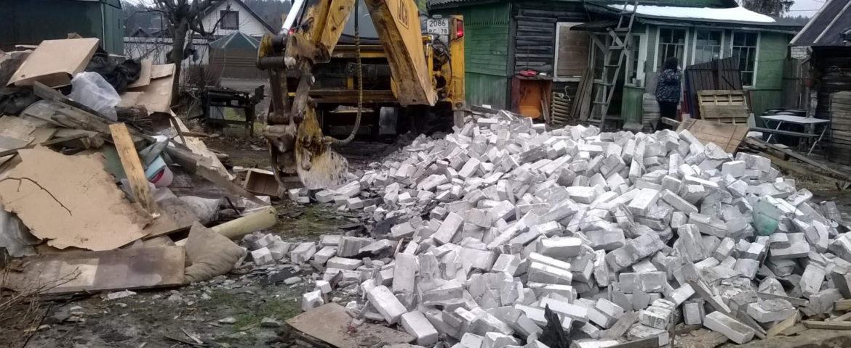 Вывоз мусора в Ленинградской области: правовые аспекты против привычек
