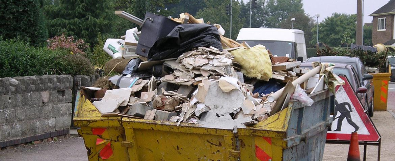 Кто должен вывозить строительный мусор: закон?