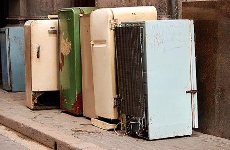 row of old refrigerators - Вывоз бытовой техники в Санкт-Петербурге