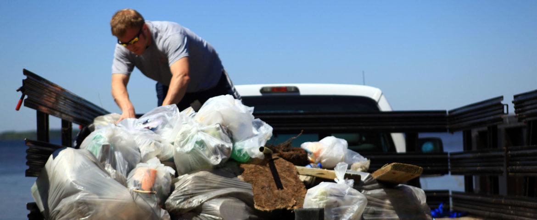 Регулярный вывоз мусорных контейнеров для торговли и общественного питания