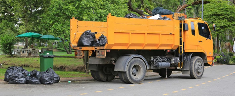 Выбор  машины для вывоза мусора
